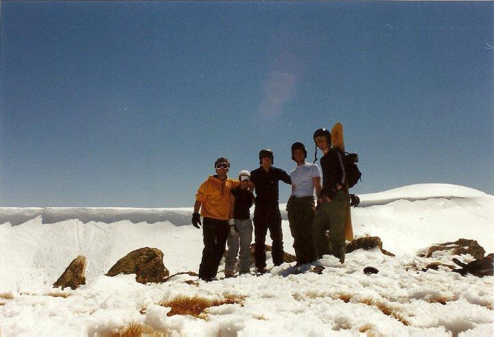 Hiking Mt Kosciuszko: group shot in front of the summit ridge
