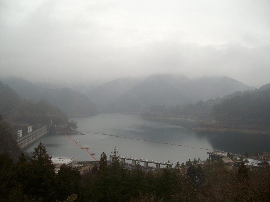 Hiking in Tokyo: Lake Okutama