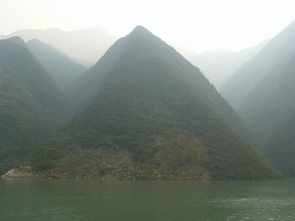 Scenery going through the Three Gorges