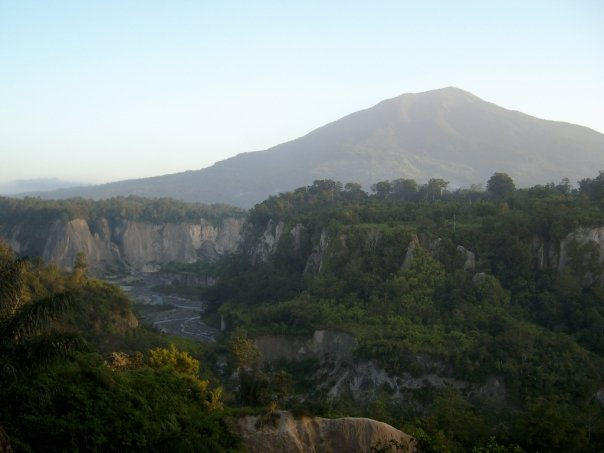 Bukittinggi's Sianok Canyon