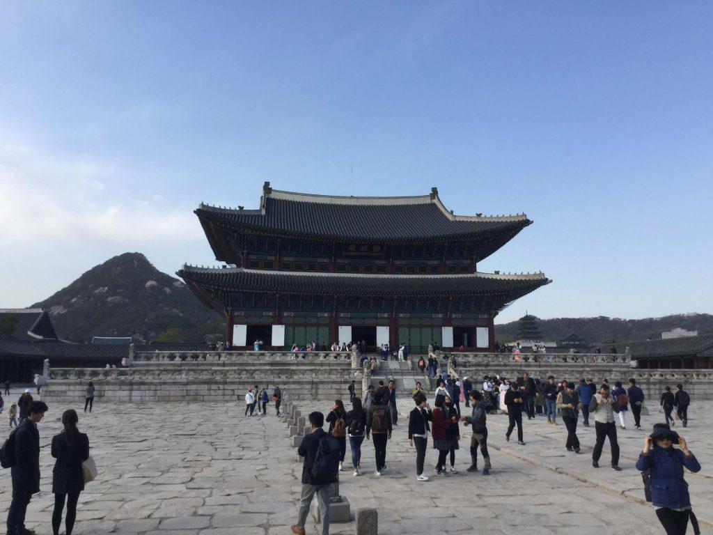 Bugaksan behind the main Gyeongbokgung palace hall