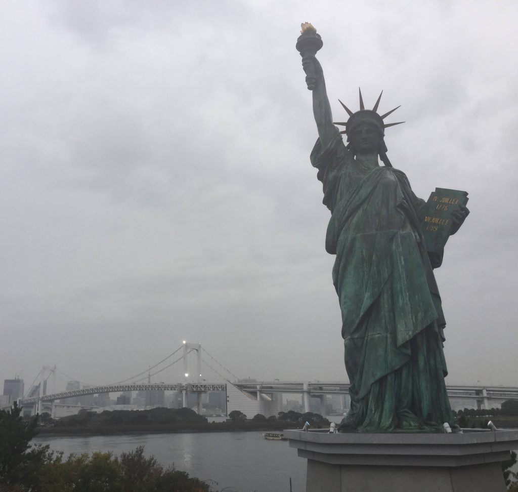Rainbow Bridge & Odaiba Statue of Liberty
