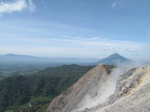 Sibayak volcano climb: view of Mt Sinabung