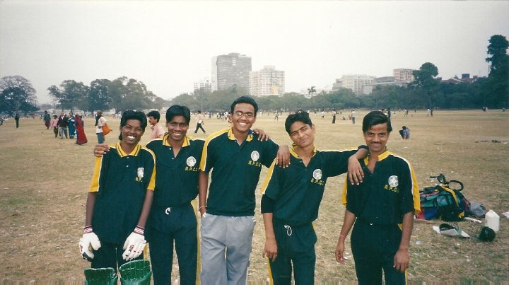Local cricket team, Kolkata