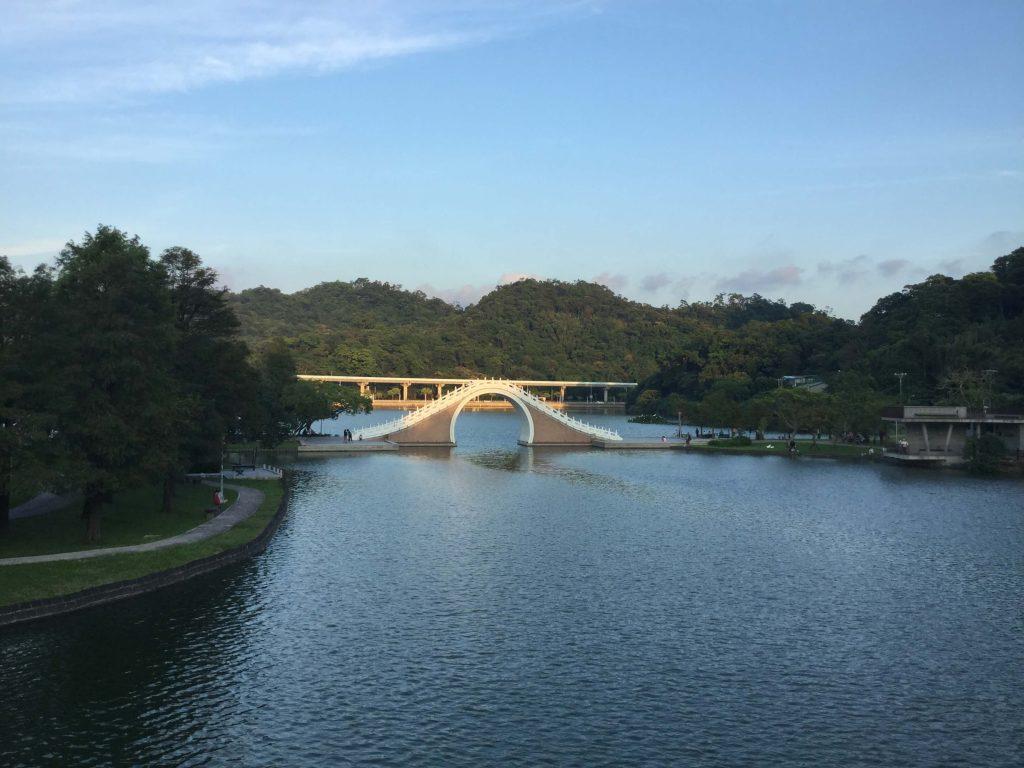 Lake in Dahu Park