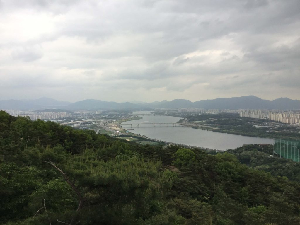 View of Guri city from Achasan
