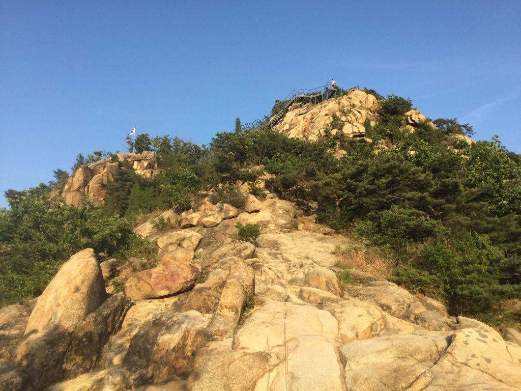 Scrambling up the rocks on Gwanaksan's Sadang route