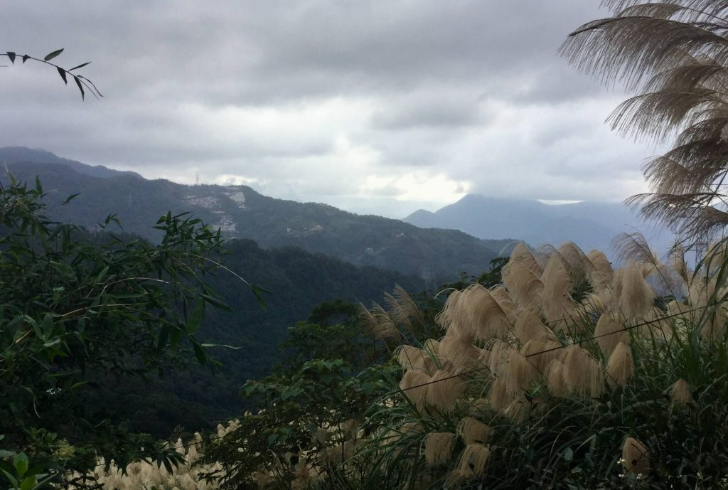 View from the Yinhe Cave trail