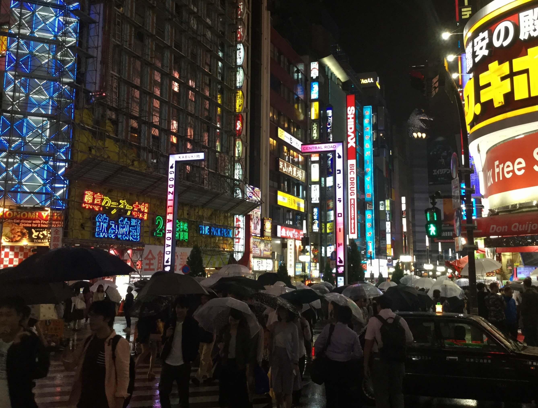 Street scenes in Kabukicho