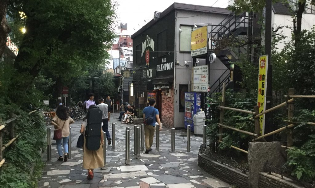 The entrance to Golden Gai