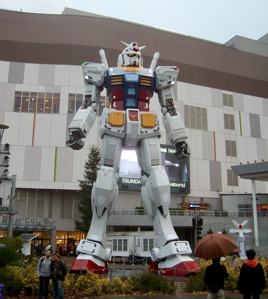 The original Gundam statue in Odaiba