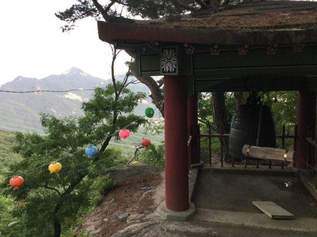 Yongguram Temple, Suraksan