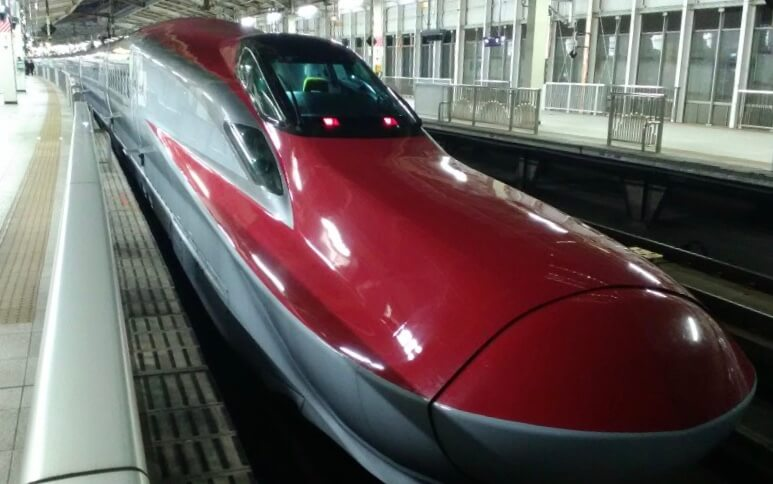 The red Komachi train used on the Akita shinkansen