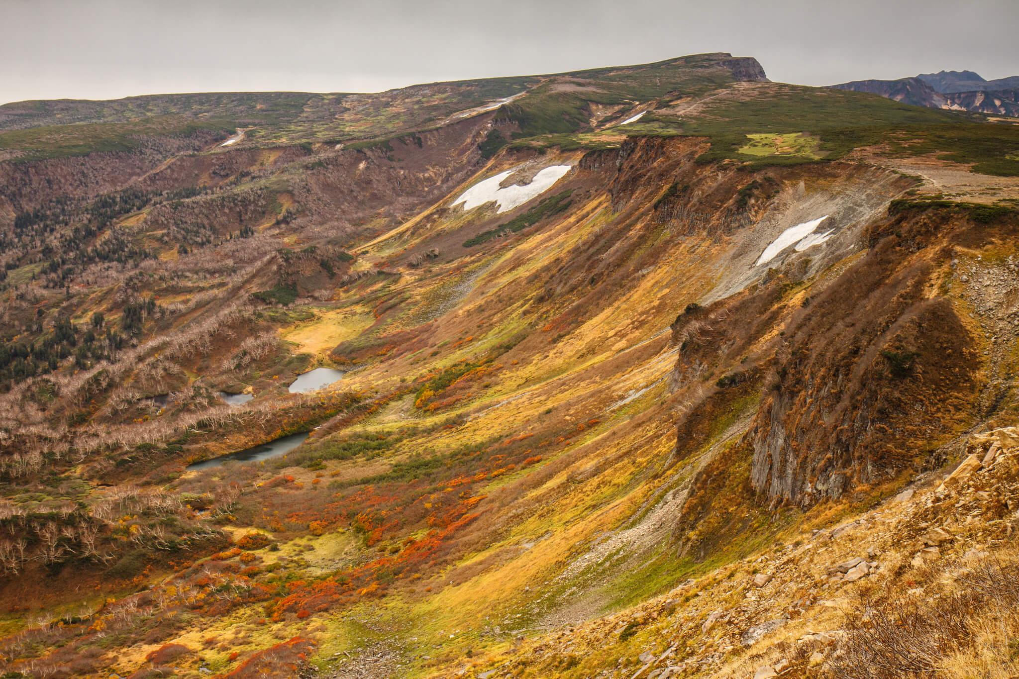 Autumn colours at Daisetsuzan, Hokkaido