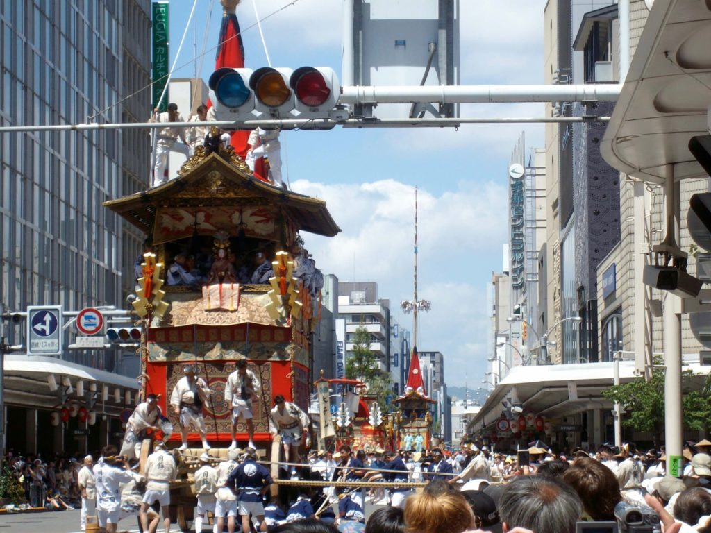 Gion Festival float preparing to turn at Shijo-Kawaramachi