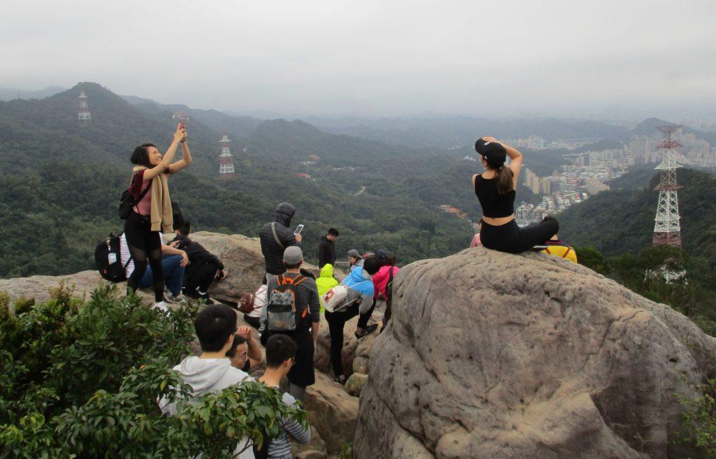 Views from Jinmian Rocks
