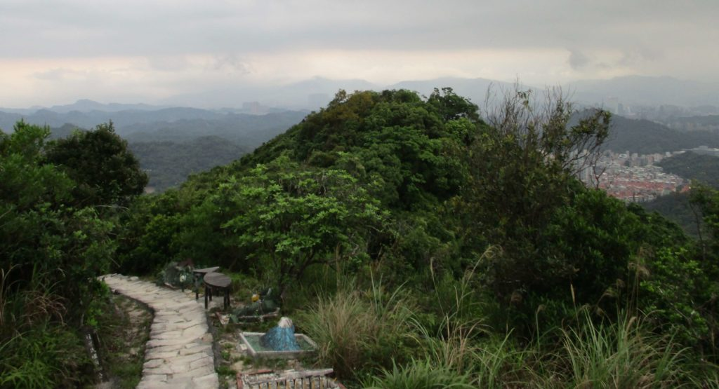 Liyushan hiking trail